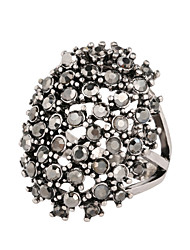 Women's Fashion Exaggerated Personality Style Alloy Diamond-Studded Ring