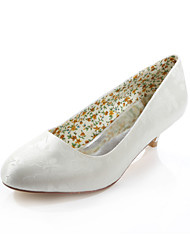 Women's Spring / Summer / Fall Heels / Round Toe Silk Wedding / Dress / Party & Evening Low Heel Ivory