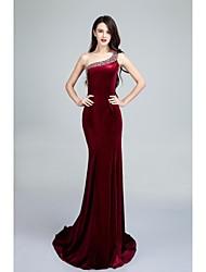 Formal Evening Dress Trumpet / Mermaid One Shoulder Sweep / Brush Train Velvet with Beading