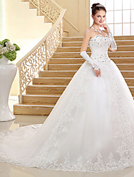 Ball Gown Wedding Dress - White Chapel Train Sweetheart Lace / Tulle
