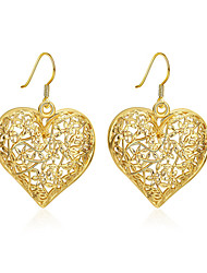 Classic Hollow Carved Heart Earrings Luxuxy 18K Gold Plated Heart Pendant Drop Earrings(Color:Gold)