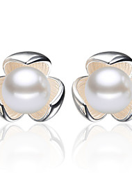 2016 Korean Women 925 Silver Sterling Silver Jewelry Imitation Pearl Flower Earrings Stud Earrings 1Pair