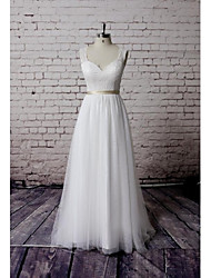 Sheath / Column Wedding Dress Court Train Sweetheart Lace / Tulle with Appliques