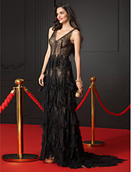 TS Couture Formal Evening Dress - Celebrity Style A-line V-neck Sweep / Brush Train Lace with Lace