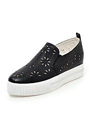 Zapatos de mujer - Plataforma - Plataforma / Punta Redonda - Mocasines - Casual - Semicuero - Negro / Blanco / Plata