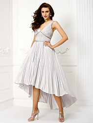TS Couture® Cocktail Party / Prom / Company Party Dress - 1950s Plus Size / Petite Ball Gown V-neck Asymmetrical Taffeta with Draping / Sash / Ribbon