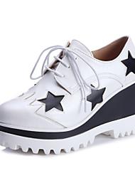 Черный / Белый-Женская обувь-Для прогулок / Для праздника-Дерматин-На танкетке-На танкетке / На платформе / С круглым носком-Оксфорды