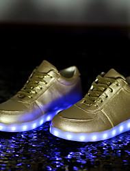женская обувь водить USB зарядка кожзаменителя моды кроссовки на открытом воздухе / спортивная / вскользь черный / белый
