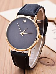 Ladies Fashion Golden Vertical Stripes Belt Quartz Watch