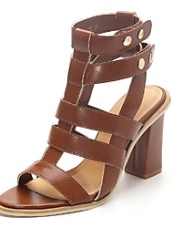 Women's Shoes Chunky Heel Heels / Peep Toe / Gladiator Sandals Party & Evening / Dress / Casual Black / Brown / Gray