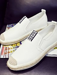 Women's Shoes Leatherette Spring / Summer / Fall Round Toe Boat Shoes Outdoor / Casual / Athletic Flat Heel Slip-on Black / White