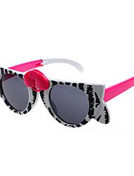 Kids Photochromic 100% UV Butterfly Full-Rim Cat-Eye Sunglasses Style(Random Color)