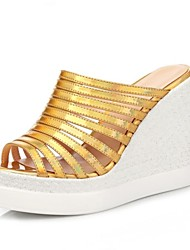 Women's Shoes Leatherette Wedge Heel Wedges / Peep Toe Sandals Outdoor / Dress / Casual Silver / Gold