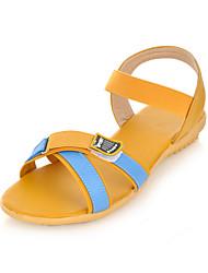 Women's Shoes Flat Heel Comfort / Round Toe Sandals Wedding / Outdoor / Office & Career / Dress Blue / Yellow / Beige
