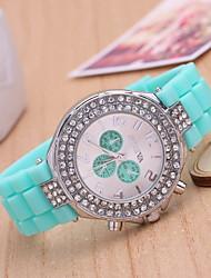 Mulheres Relógio de Moda Quartz Silicone Banda Azul / Vermelho / Verde marca-