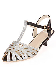 Women's Shoes PU Spring / Summer Peep Toe / T-Strap / Comfort / Slingback Outdoor / Party & Evening Low Heel Buckle Silver / Gold