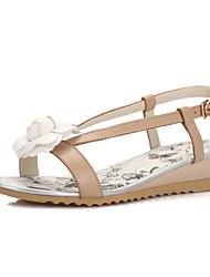 Women's Shoes Wedge Heel Wedges / Peep Toe Sandals Office & Career / Dress / Casual White / Almond