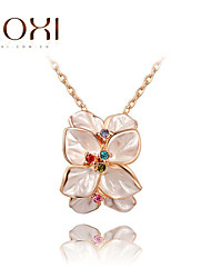 ROXI Golden Flower Pendant Necklace Jewelry