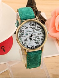 La montre montre de mode journal anglais toile de cow-boy ceinture de quartz de couple (couleurs assorties)