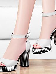 Zapatos de mujer-Tacón Robusto-Tacones-Sandalias-Oficina y Trabajo / Vestido / Fiesta y Noche-Cuero-Negro / Negro y Blanco