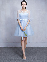 Knee-length Tulle Bridesmaid Dress A-line Scoop