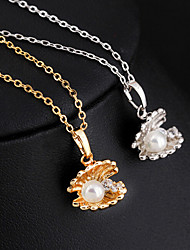 Hualuo® Imitation Pearl In Metal Shell/ Silver Plated / Gold Plated Necklace Pendant Necklaces Daily / Casual 1pc