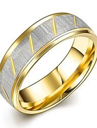 Ringe Modisch Hochzeit / Party / Alltag Schmuck Titanstahl / vergoldet Eheringe 1 Stück,6 / 7 / 8 / 9 / 10 Goldfarben / Silber