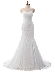Trumpet / Mermaid Wedding Dress Court Train Sweetheart Lace with Lace / Side-Draped Bridal Gowns