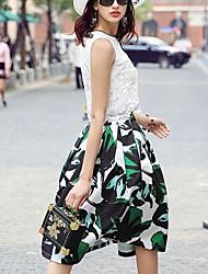 prase Frauendruck weißen Röcken, einfache Knielänge