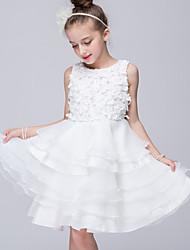 2017, uma linha de vestido de flor na altura do joelho menina - organza / cetim jóia sem mangas e com apliques
