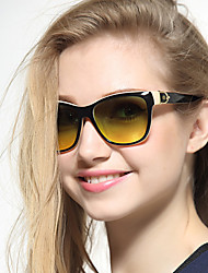 SUNNCARI Women Fashion Sunglasses 2383
