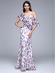 TS Couture Prom Formal Evening Dress - Pattern Dress Sheath / Column V-neck Floor-length Chiffon with Buttons Ruffles