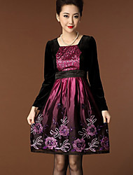 Women's Casual/Daily Simple Sheath Dress,Embroidered Round Neck Above Knee Long Sleeve Purple Polyester Spring