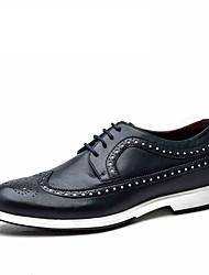Черный / Синий / Белый Мужская обувь Свадьба / Для офиса / Для вечеринки / ужина Кожа Туфли на шнуровке