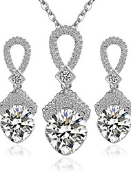 May Polly Fashion Diamond Earrings Necklace Set
