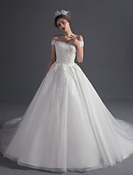Ball Gown Wedding Dress Vintage Inspired Court Train Off-the-shoulder Tulle with Appliques Beading