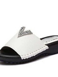 Women's Slippers & Flip-Flops Spring / Summer / Fall Slippers Synthetic Dress / Casual Flat Heel Pearl Black / White