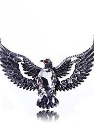 Feminino Colares com Pendentes Colares Declaração Formato Animal Eagle imitação de diamante LigaJóias de Luxo Moda Jóias da indicação