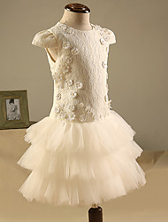 Sheath / Column Knee-length Flower Girl Dress - Lace Short Sleeve Jewel with Appliques / Lace