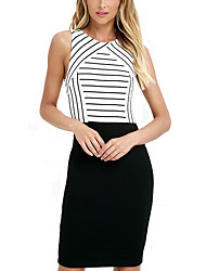 Women's Going out / Work Sexy Sheath Dress,Striped Round Neck Knee-length Sleeveless White / Black Polyester Summer