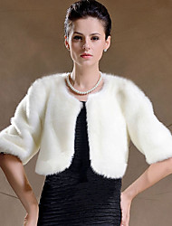 Women's Wrap Shrugs Half-Sleeve Faux Fur Black / White Wedding / Party/Evening Scoop 42cm Feathers / fur Hidden Clasp