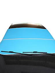 voiture est empêché  dans la voiture solaire d'été isolation pliage auvent neige en hiver