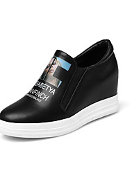 Women's Loafers & Slip-Ons Fall Flats Leatherette Casual Flat Heel Others Black / White Walking / Hiking