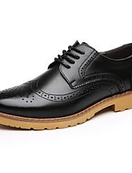 Men's Flats  Comfort / Round Toe / Closed Toe Casual Flat Heel Lace-up Black / Brown Walking