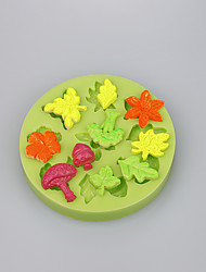 The maple leaf&leaf shape fondant cake decoration mold kitchen accessories candy mold Color Random