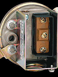 Dwyer 1910 Series Low Differential Pressure Switch