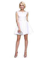 2017 ts couture® Cocktailparty Kleid a-line kurz / Mini-Satin mit Schärpe / Band / Bogen (n) gekerbt / Falten