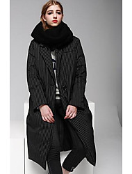 Women's Long Down Coat,Simple Casual/Daily Striped-Cotton / Nylon White Duck Down Long Sleeve Shirt Collar Black