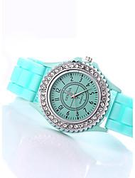 Женские Модные часы / Имитация Алмазный Кварцевый силиконовый Группа БлестящиеЧерный Белый Синий Красный Оранжевый Коричневый Зеленый
