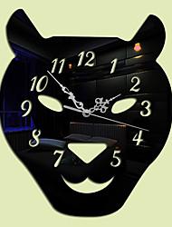 Moderno/Contemporâneo Animais Relógio de parede,Outros Acrilico Width:32cm Interior Relógio